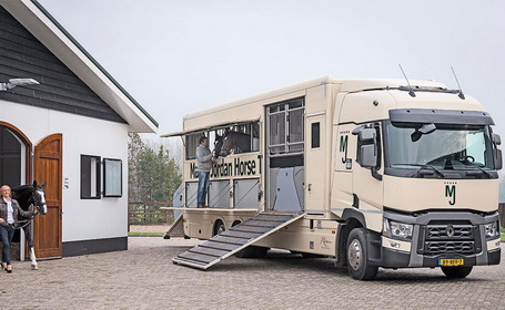 Marcel-Jordan-horsetransport-455-280