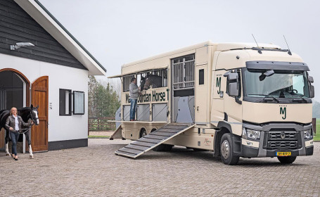 Marcel-Jordan-horsetransport-455-280b